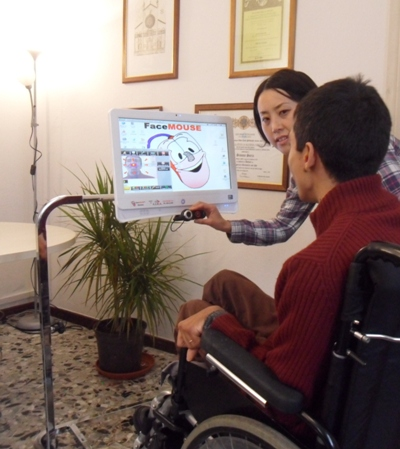 FaceMOUSE Machine: computer per disabili